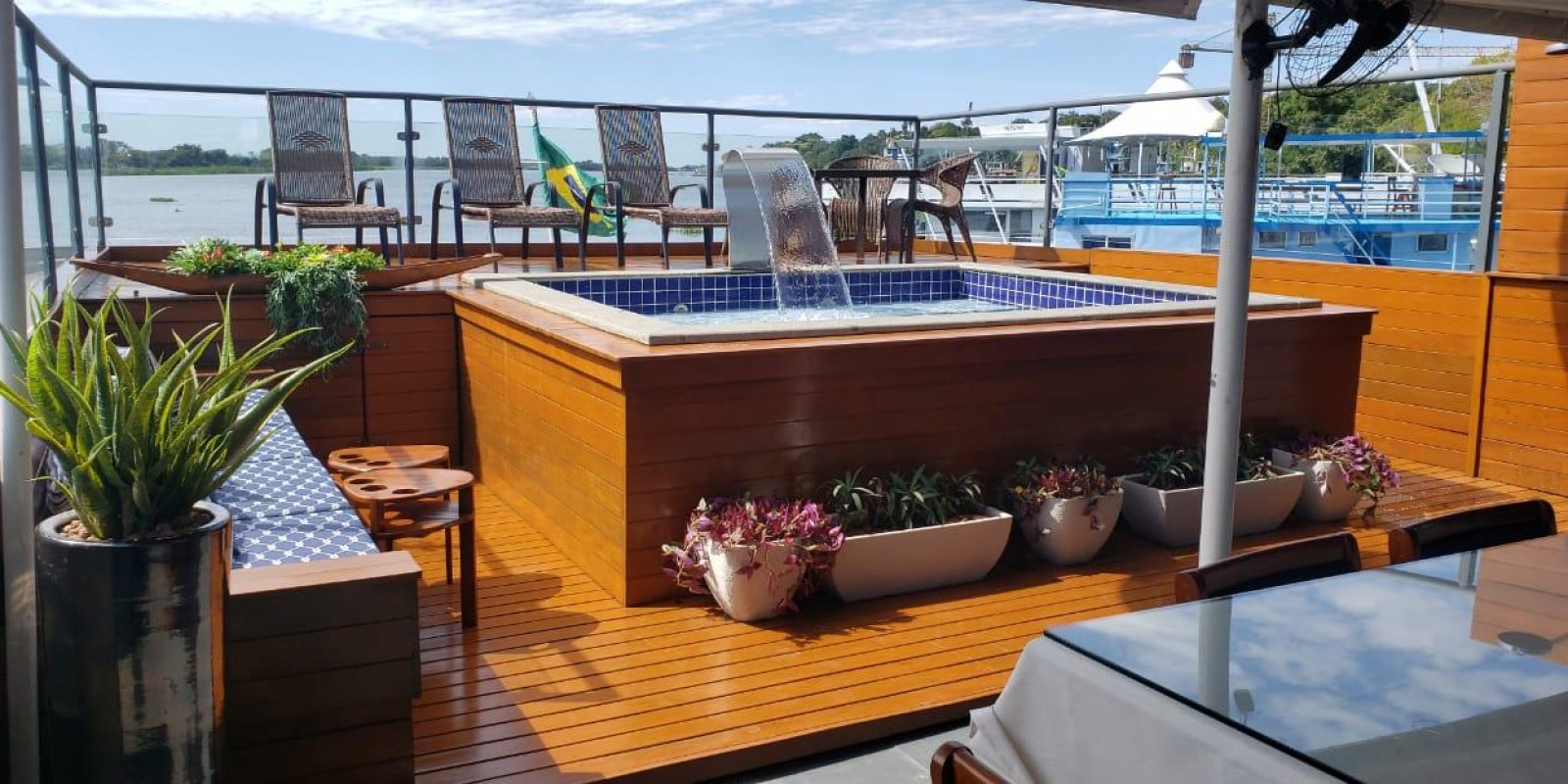 Barco Hotel Netuno - Corumbá - 24 pessoas - Foto 8 de 15